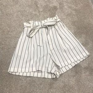 High waisted striped belted shorts with pockets